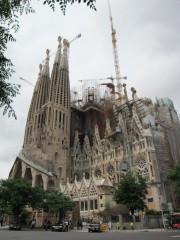 建設中の聖家族教会