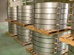 鋼製型枠出荷荷姿(段積み)